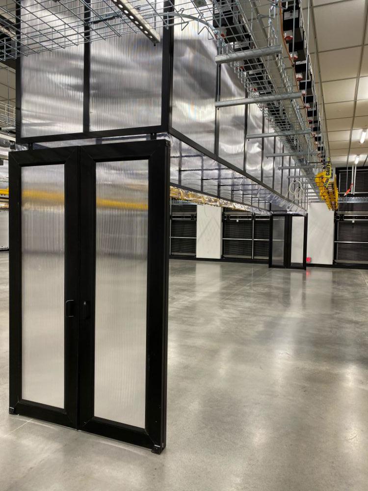Double Sliding Doors Containment Data Center - Double Sliding Door