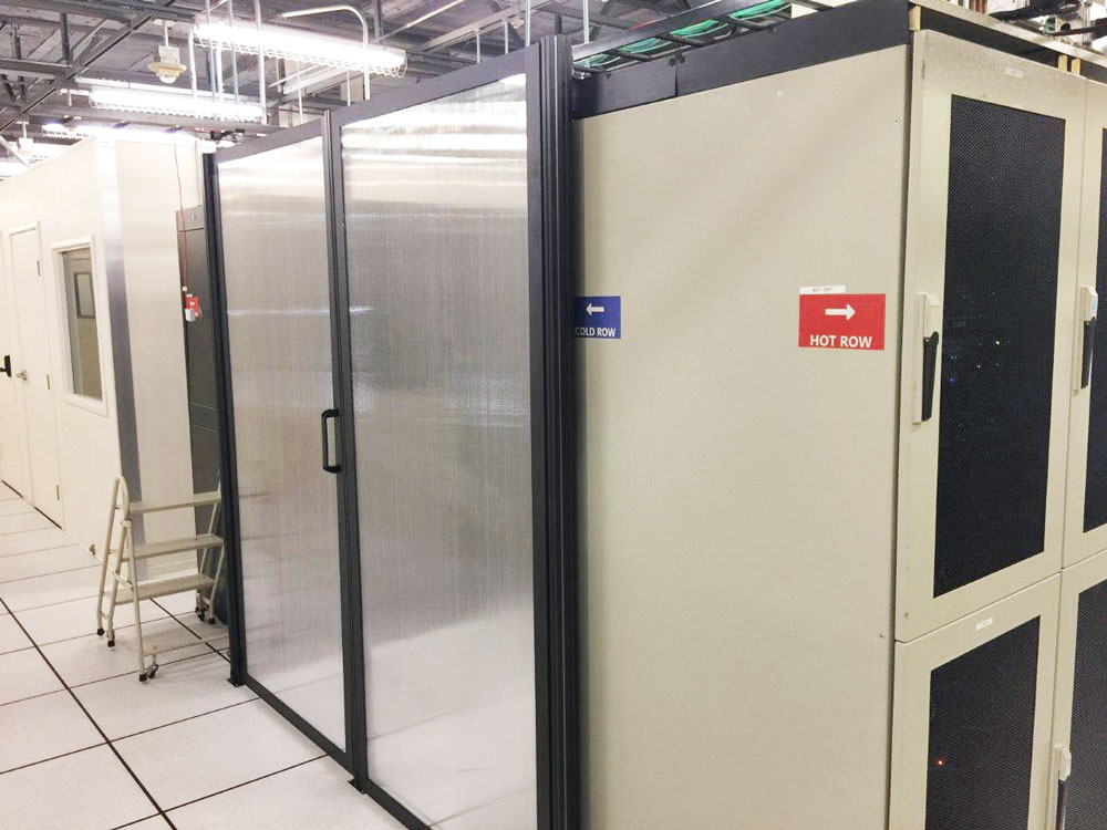Data Center Hinged Doors : Single hinged doors for hot and cold aisle containment systems