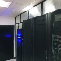 Data center vertical containmet panel
